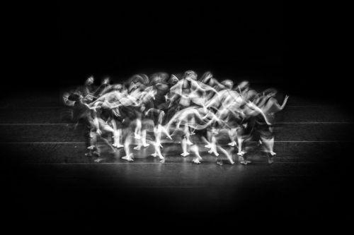 Danseuses en mouvement, noir et blanc - Valentin Napoli - photographe spectacle